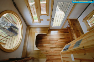 world-treehouses-asheville-interior1