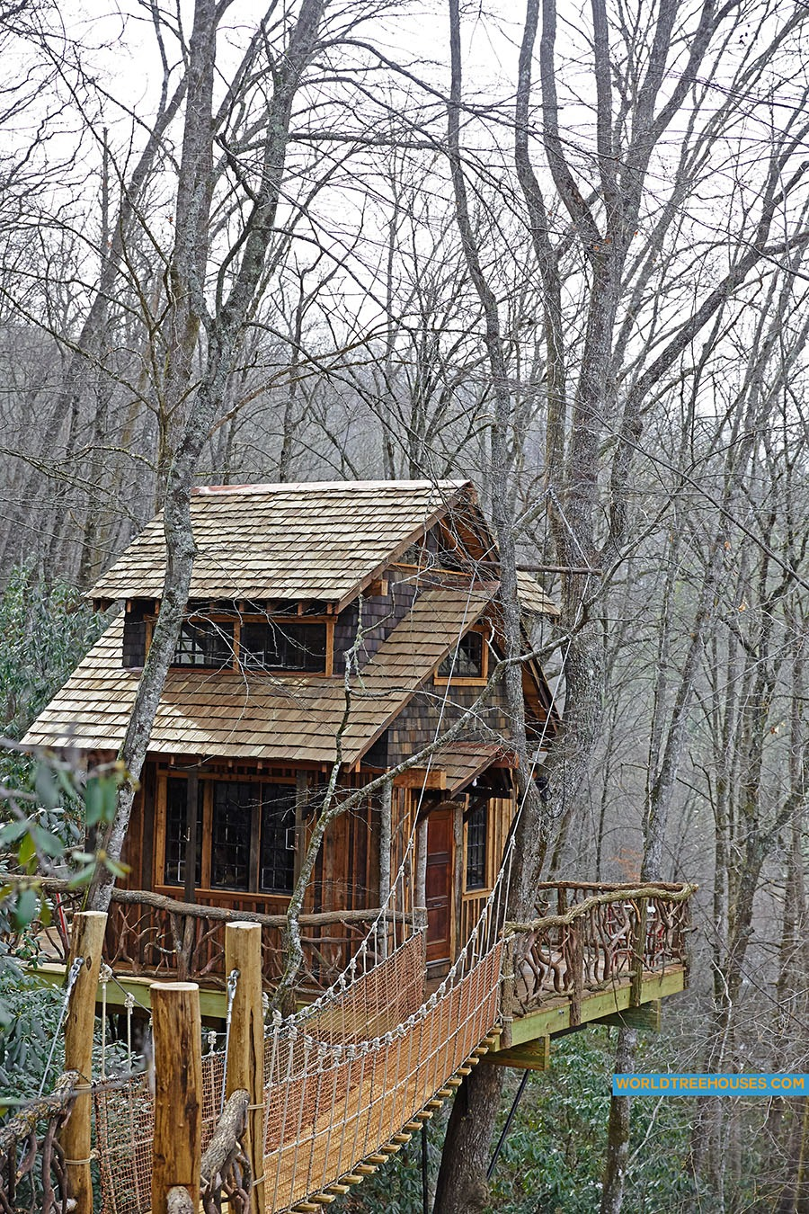 NC tree house builder : Panthertown treehouse from above