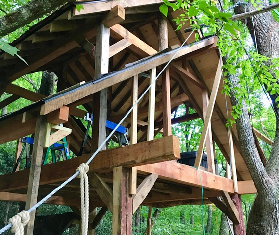 NC treehouse builders:Framing Panthertown Treehouse