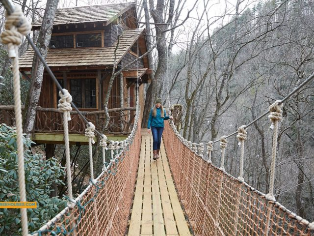 Western NC tree house builder : High in the Sky